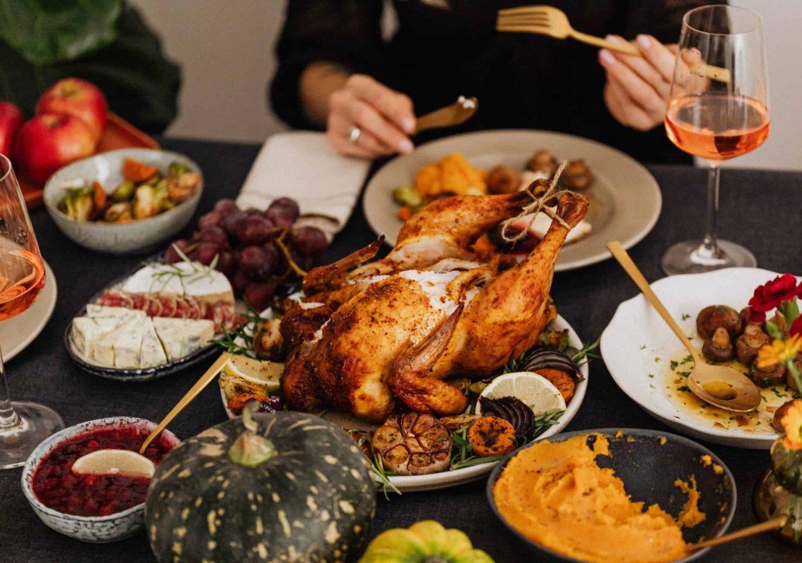 thanksgiving-pexels-5718104